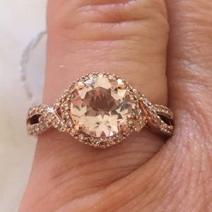 Jewelry - Solid 10K Rose Gold Pink Morganite Diamond Ring